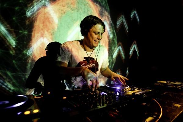 Loop-Bar-Melbourne-Psyence-Friction-DJs-Melbourne-CBD